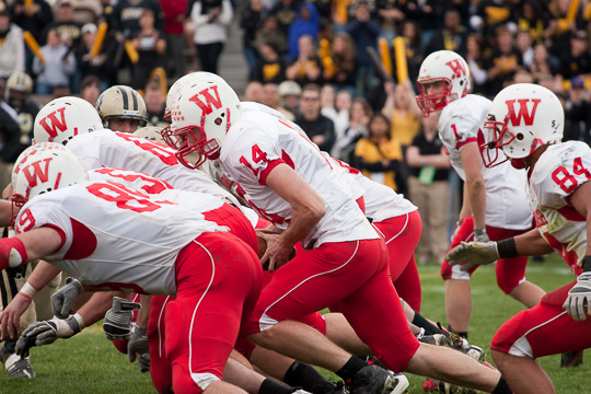 Matt Hudson on the quarterback sneak